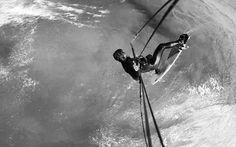 Samuel facile en 360 backside strapless...   Best Kiteboarding - NP Surf