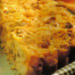 Torta di mele e formaggio con noci e datteri