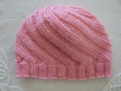 MED PINNER OG GARN, og mere til...: ODESSALUE på norsk, på oppfordring Knitted Hats, Knitting, Blog, Decor, Fashion, Crochet Cap, Knitting And Crocheting, Recipes, Caps Hats