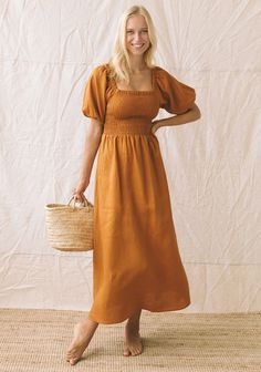 Size 8-10 can be worn on or off the shoulder. Boho Summer Outfits, Long Summer Dresses, Boho Outfits, Fashion Outfits, Trendy Outfits, Boho Fashion, Dress Outfits, Sustainable Clothing Brands, Sustainable Fashion