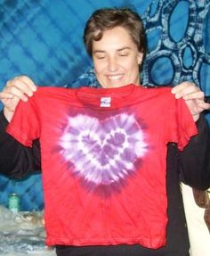 Kids of all ages love the tie dye Wow Moment! info@dyeandprints.co.za