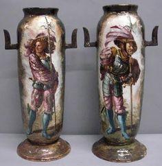 Emile Gallé, Paire de vases en faïence, Les Lansquenets