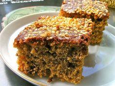 """Η βυζαντινή φανουρόπιτα στην τελειότητά της. Για τις 27 Αυγούστου, για ψαξίματα με έμπνευση κι όλες τις φορές που ζητούμενο είναι να μυρίζει 'Αγία Κουζίνα"""". Greek Sweets, Greek Desserts, Greek Recipes, Gourmet Recipes, Cookie Recipes, Greek Cake, Homemade Sweets, Sweet Pie, Sweet And Salty"""