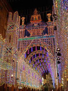 Las calle mas luminosa de Valencia en Fallas 2012