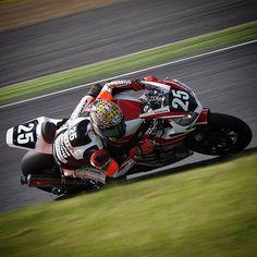 WEBSTA @ 218pit - Daijiro Hiura (2016 SUZUKA 8H) #motorsport #moto #motorcycle #motorbike #roadrace #race #racer #bike #circuit #suzuka #suzukacircuit #8hours #鈴鹿8耐 #8耐 #fimewc #honda #cbr #cbr1000rr #arai #bridgestone #suzukaracing #hondasuzukaracingteam #25 #daijirohiura #日浦大治朗 #nikon #camera #go
