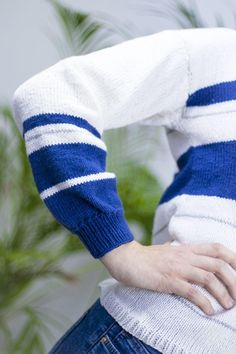 This Marina Spring Cotton Sweater is lightweight, making it a perfect chill-chaser for spring, but we love it as a beautiful layering piece for autumn, too. Sweater Knitting Patterns, Knitting Stitches, Free Knitting, Sock Knitting, Kids Poncho, Cotton Sweater, Knit Sweaters, Cardigans, Learn How To Knit