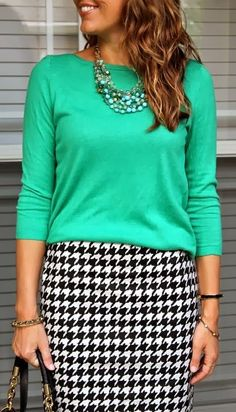 Houndstooth skirt and a mint green blouse. Such a crisp combo. Simply chic!