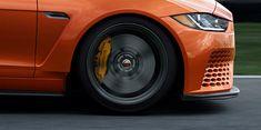 Jaguar XE SV Project 8 – O 'Jag mais rápido de sempre! Jaguar Xe, Jaguar Models, Wheels And Tires, Car Wheels, Fiat 500 Car, Matte Black Cars, Automotive Detailing, Camaro Car