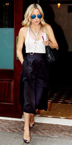Hudson's gaucho pant look is killer as she brings back a new spin on an old favorite. // #Fashion #Style