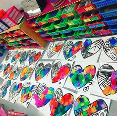 Cassie Stephens: In the Art Room: Romero Britto-Inspired Hearts in First grade! Kindergarten Art Lessons, Art Lessons Elementary, Valentines Art Lessons, Valentines Art For Kids, First Grade Art, School Art Projects, Diy Projects, Preschool Art, Art Lesson Plans