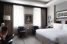 The Beaumont is an independent, distinctive hotel in London's West End. Guests can relax in luxurious rooms and make use of the spa and gym. Beaumont Hotel, Stencils, Century Hotel, Office Pictures, Mayfair London, Hotel Room Design, Deco Furniture, Hotel Reviews, Architecture Design
