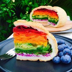 Rainbow Vegan Sandwich - Magical Rainbow Foods Straight From A Unicorn Wonderland - Photos (Vegan Cake Rainbow) Rainbow Pizza, Rainbow Food, Eat The Rainbow, Cake Rainbow, Rainbow Sprinkles, Rainbow Birthday, Birthday Cake, Cute Food, Yummy Food