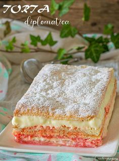 DIPLOMATICA CAKE is an exquisite sweet in layers, soft and crunchy at the temp . Italian Cake, Italian Desserts, Italian Recipes, Sweet Recipes, Cake Recipes, Dessert Recipes, Berry Tart, Torte Cake, Different Cakes