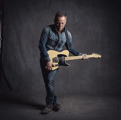photo by danny clinch, god damn bruce!                                                                                                                                                                                 More