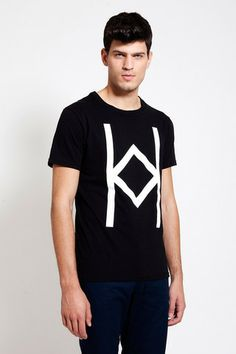 This unisex T-SHIRT can be worn in all occasions! Check out at www.ozonboutique.com Unisex, Check, Mens Tops, T Shirt, How To Wear, Collection, Fashion, Supreme T Shirt, Moda