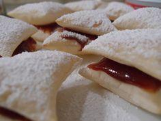 Guava Puff Pastry (Pastelillos de Guayaba) | Warm Toasty Muffins
