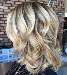 70 Perfect Medium Length Hairstyles for Thin Hair Medium Curly Blonde Hairstyle Medium Curly, Medium Hair Styles, Short Hair Styles, Hair Medium, Soft Curls For Medium Hair, Medium Blonde, Medium Layered, Loose Curls, Long Curly