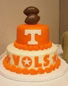 Best 25 Football Grooms Cake Ideas On Pinterest Cowboy