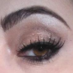 """#makeup #makeupiamoci #kimkardashian #picdayli #cool #fashion #eyeshadows #eyeliner #eyes #eyebrow #lovemyjob #makeupartist #makeupgeek #lovemyjob #smile…"" Eyebrows, Eyeliner, Makeup Geek, Eyeshadows, Kim Kardashian, Cute Pictures, Make Up, Smile, Instagram Posts"