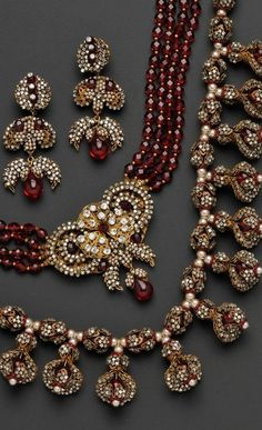 Stunning garnet and pearl vintage Miriam Haskell
