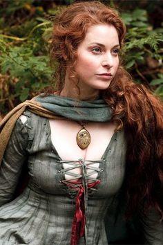 Game of Thrones - Cast - Esmé Bianco as Ros