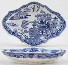 Spode Blue Willow Dessert Dish, ca. 1820  | My mother's house was packed with this stuff.  Even the wallpaper and paper plates were Blue Willow!  I still have a couple of pieces she left to me.