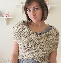 A fun and easy pattern consisting of one long piece, which when sewn at the edges, wraps around your upper body!