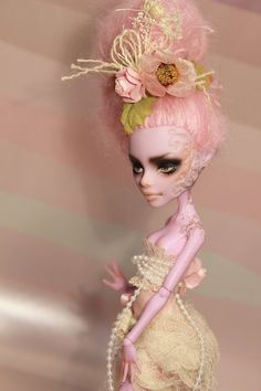 Custom OOAK Monster High Operetta - Repaint, Reroot, Outfit on Etsy, $150.00