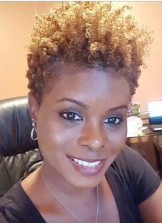 Short Hair Natural Styles Beautiful Short Natural Hairstyles for Black Women with Oval Faces Best Short Curly Hair, Short Hair Cuts, Curly Hair Styles, Curly Afro, Pixie Cuts, Curly Bob, Short Natural Styles, Short Styles, Hair Cute