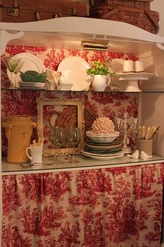 "Toiled hutch: A bit ""busy red"" for me, but a friend has a light green toile that I think would work well in this setting"