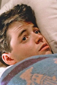 """Matthew Broderick - """"Ferris Bueller's Day Off"""" Teen Movies, Iconic Movies, Classic Movies, Great Movies, Love Movie, Movie Tv, Movie Scene, Life Moves Pretty Fast, Ferris Bueller"""