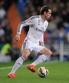 Gareth Bale of Real Madrid in action during the La Liga match between Real Madrid CF and Levante UD at Estadio Santiago Bernabeu on March 15, 2015 in Madrid, Spain.