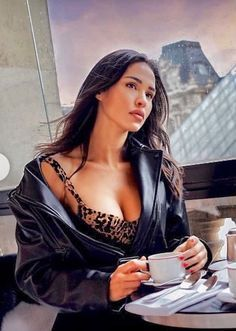 Workout Tops For Women, Tumbrl Girls, Coffee Girl, Womens Workout Outfits, Coffee Break, Morning Coffee, Active Wear For Women, Sensual, Jumpsuits For Women