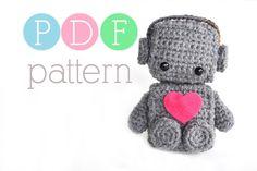 Amigurumi Romantic Robot Crochet PDF Pattern by BubblegumBelles, via Etsy. Crochet Crafts, Crochet Dolls, Yarn Crafts, Crochet Projects, Knit Crochet, Crochet Things, Craft Projects, Paper Crafts, Double Crochet