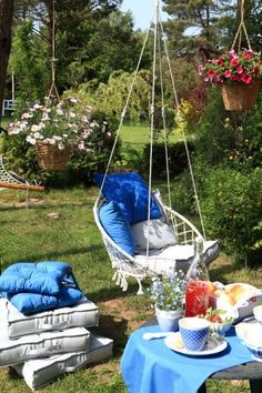 Záhrada blue and grey Outdoor Spaces, Outdoor Living, Hanging Swing Chair, Hanging Chairs, Grey Gardens, Hobbies And Interests, Parcs, Outdoor Furniture, Outdoor Decor