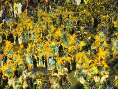 Sambodrom on Saturday / Sobotní přehlídka škol v Sambodromu