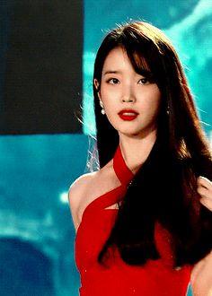 Beautiful Asian Women, Beautiful People, Iu Moon Lovers, Korean Girl, Asian Girl, Iu Fashion, K Idols, Korean Singer, Queen