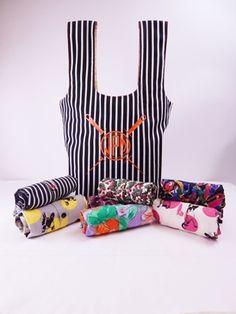 461cc745c6a C - Roll  n Snap Market Bag Download Reusable Bags