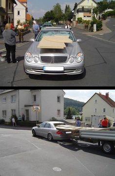 Dem Fahrer ist übrigens nichts passiert.