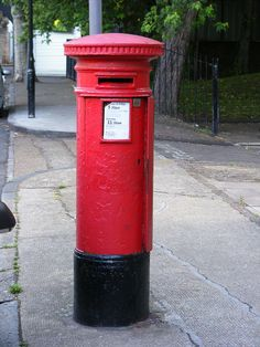 Beautiful old postbox (mailbox) in Bow, London Photo bysludgegulper Antique Mailbox, Vintage Mailbox, Low Aperture, Red Mailbox, Birthday Card Pictures, Letter Boxes, Mail Boxes, Simply Red, Post Box