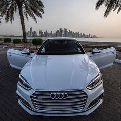 いいね!16.5千件、コメント34件 ― Audi Fan Pageさん(@audi_official)のInstagramアカウント: 「#Audi #S5 #Coupé - - - - - - Follow my Partner @carfanaticsmagazine - - - - - - Picture by…」