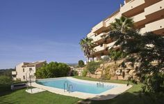 Bargain Marbella Apartments with Great Finance! http://bablomarbella.com/en/listing/spain/costa-del-sol/elviria/apartment/275/
