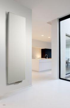 Een designradiator die elke ruimte snel op temperatuur brengt en door zijn gelijkmatige, ritmische vormgeving rust creëert in elk interieur.