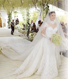 Luxury Long Sleeve Mermaid Wedding Dresses Detachable Train Bridal Wedding Gown Price : Ends Most Expensive Wedding Dress, Cheap Wedding Dress, Wedding Dress Styles, Wedding Gowns, Wedding Veil, Heart Evangelista Wedding, Heart Evangelista Style, Planer Cover, Dress Luxury