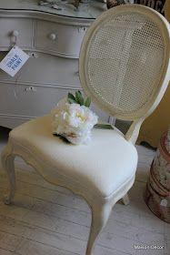 Maison Decor: Painting fabric on chairs and random stuff