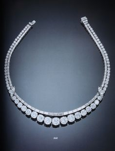 Diamond necklace that's simple in design but waaaaay classy |brown girl Magazine