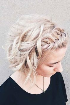 Simple short hairstyles for a new look Punk Hair Hairstyles Short simple Very Short Hair, Short Hair Styles Easy, Braids For Short Hair, Curly Hair Styles, Short Hair Crown Braid, Updo Curly, Flower Girl Hairstyles, Short Hairstyles, Long Haircuts