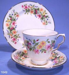 Colclough Hedgrow Vintage Bone China Tea Trio