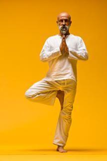 Diez posturas de yoga para principiantes: Postura del árbol (Vrksasana)