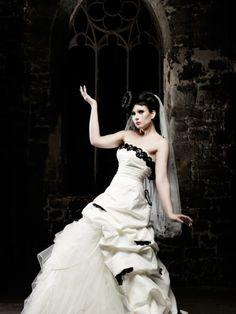Lucardis Feist Brautkleid Delia 2013 Duchesse Das Kleid mit der ...